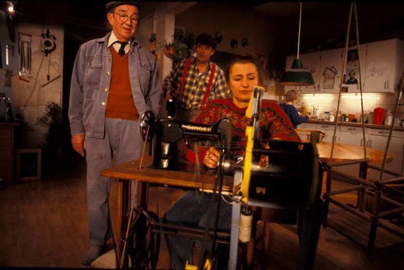Paul Hagen, Dick Kaysø, and Karen-Lise Mynster in Krummerne 3 - fars gode idé (1994)