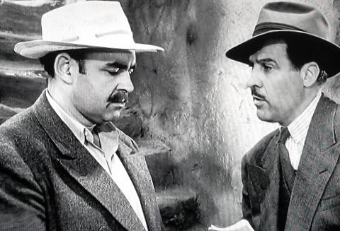 George J. Lewis and Nestor Paiva in The Falcon in Mexico (1944)
