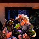Kermit the Frog and Miss Piggy in The Muppet Christmas Carol (1992)
