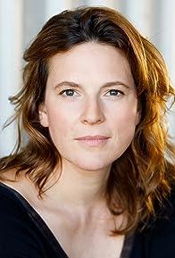 Primary photo for Anne Weinknecht