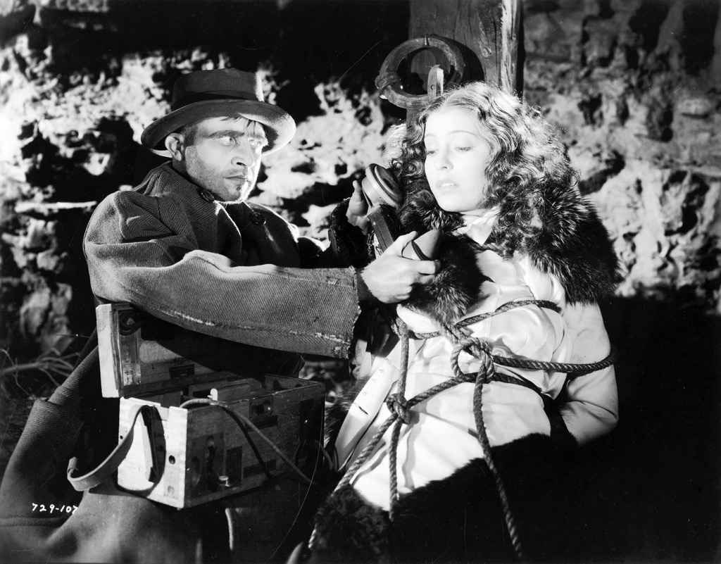 Dwight Frye and Valerie Hobson in Bride of Frankenstein (1935)