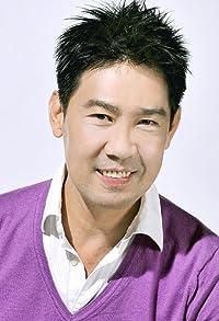 Primary photo for Edmund Chen