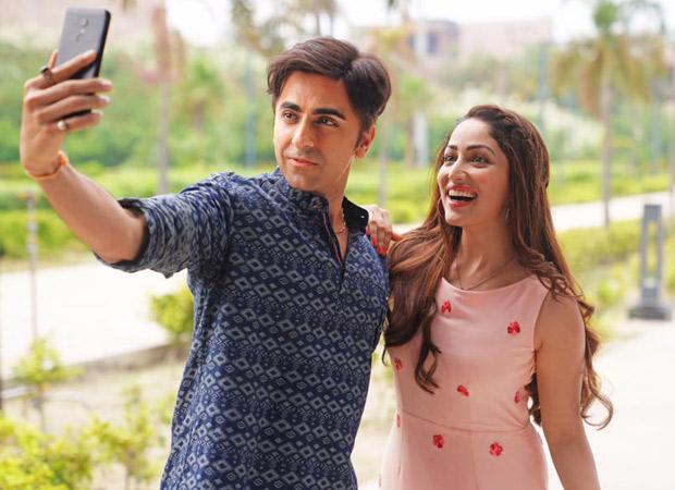 Yami Gautam and Ayushmann Khurrana in Bala (2019)