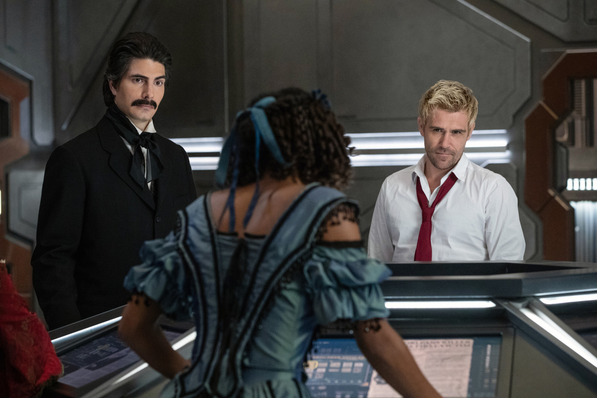 Brandon Routh, Matt Ryan, and Maisie Richardson-Sellers in Legends of Tomorrow (2016)