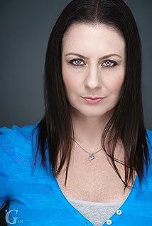 Jennifer Nangle Picture