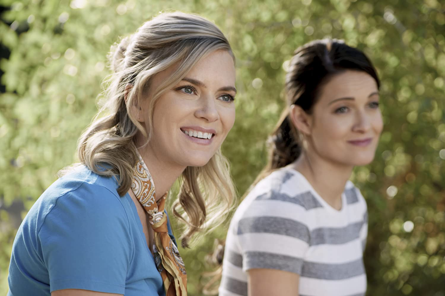 Cindy Busby in Romance in the Air (2020)