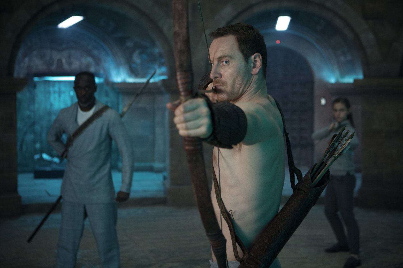 Michael Kenneth Williams, Michael Fassbender, and Octavia Selena Alexandru in Assassin's Creed (2016)