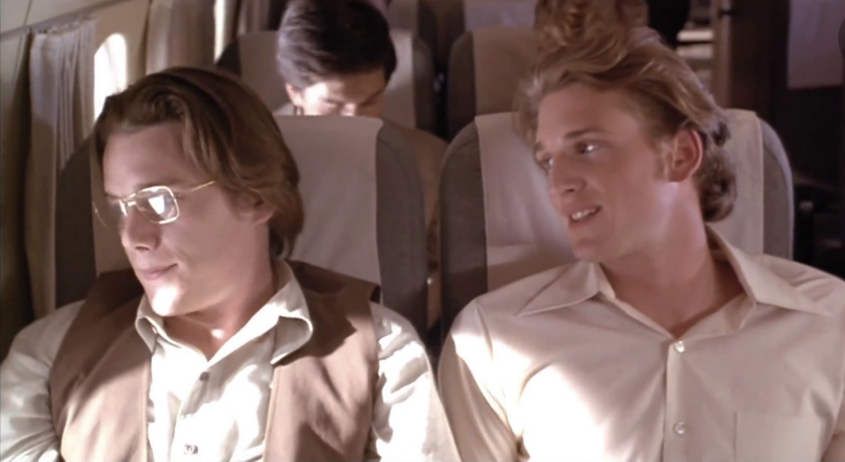 Ethan Hawke and Josh Lucas in Alive (1993)