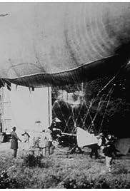 Expérience du ballon dirigeable de M. Santos-Dumont: I. Sortie du ballon Poster