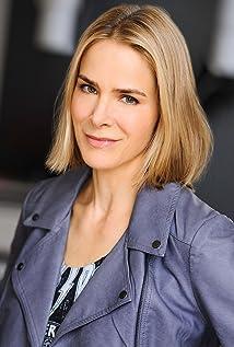 Tessa Kim Picture