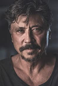 Primary photo for Carlos Bardem