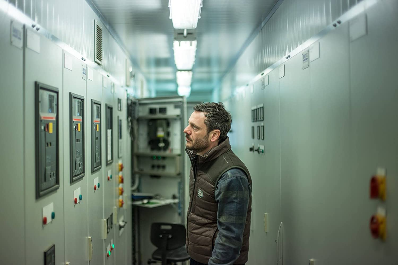 A Decent Man – Um om la locul lui (2018), film online în limba Română