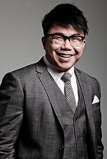 Hanjin Tan Picture