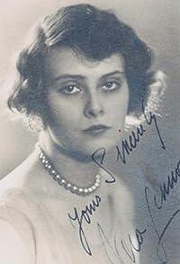 Primary photo for Vera Lennox
