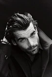 Stanley Weber Picture