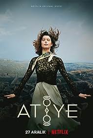 Beren Saat in Atiye (2019)