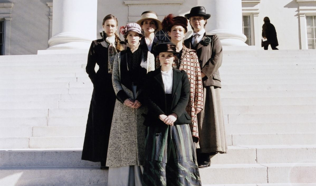 Julia Ormond, Hilary Swank, Vera Farmiga, Laura Fraser, Frances O'Connor, and Brooke Smith in Iron Jawed Angels (2004)