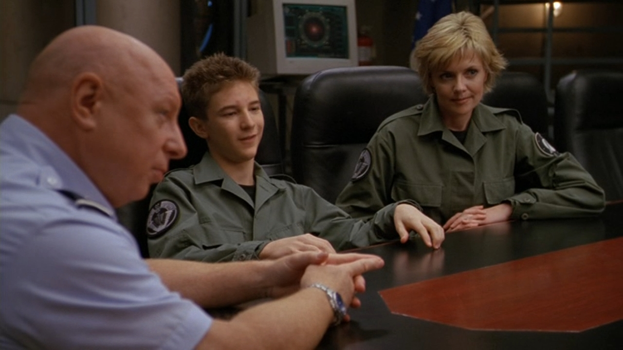 Don S. Davis, Amanda Tapping, and Michael Welch in Stargate SG-1 (1997)