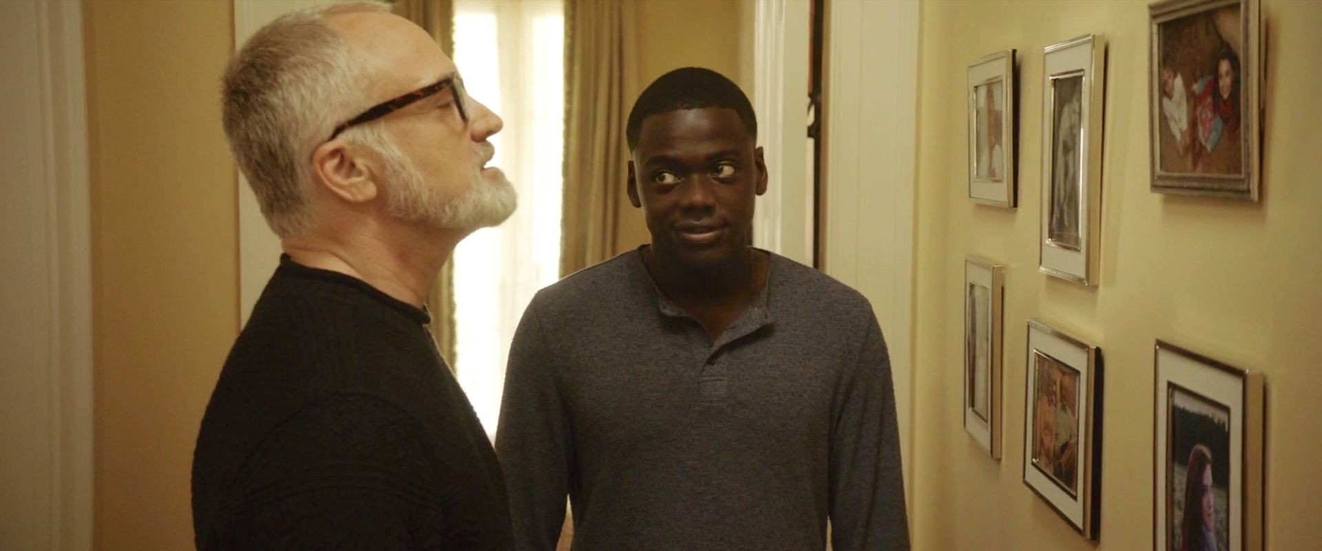 Bradley Whitford and Daniel Kaluuya in Get Out (2017)