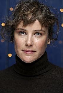 Carla Juri Picture