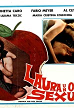 Laura oggetto sessuale