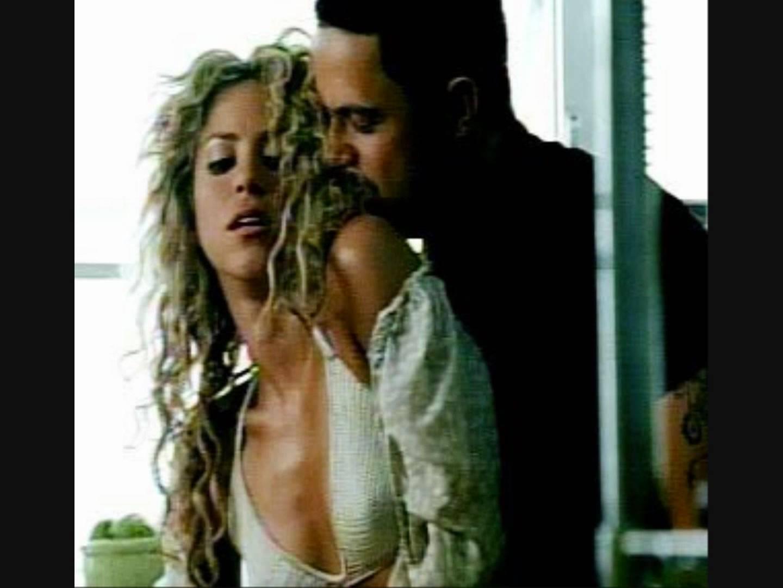 دانلود زیرنویس فارسی فیلم Shakira Feat. Alejandro Sanz: La tortura
