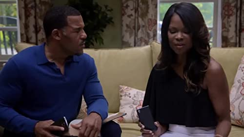 Tyler Perry's The Haves and The Have Nots: Veronica Suspects That David Is Using Her