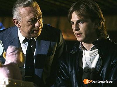 Must watch thriller movies Kranzniederlegung by [480x640]