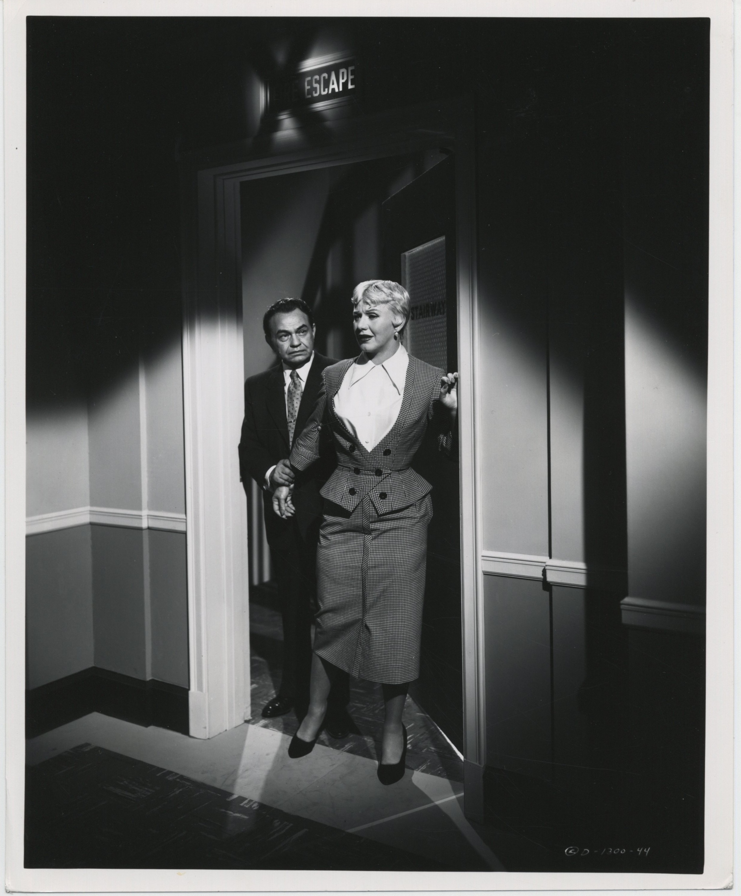 Edward G. Robinson and Ginger Rogers in Tight Spot (1955)