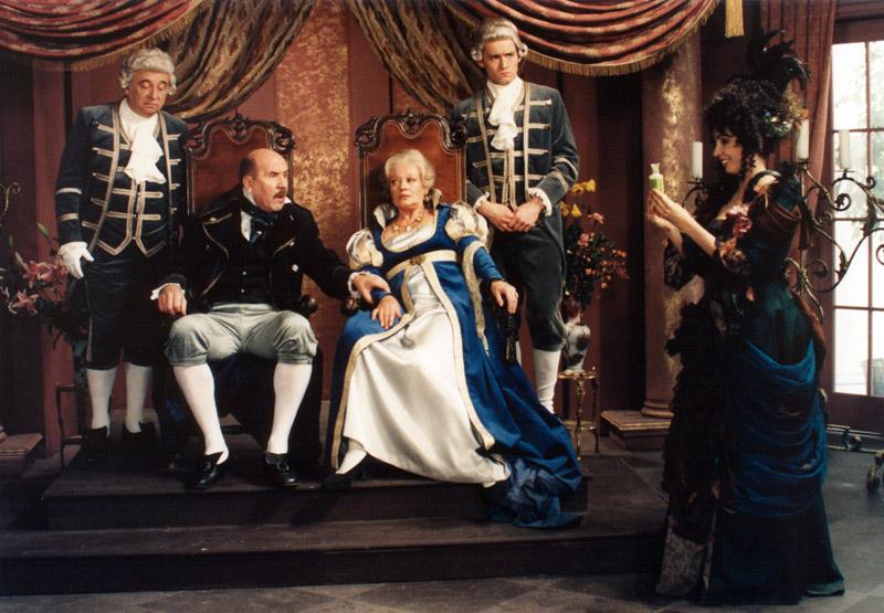 Nela Boudová, Jana Brejchová, Viktor Maurer, Petr Nározný, and Rostilav Trtík in Carodejné námluvy (1997)