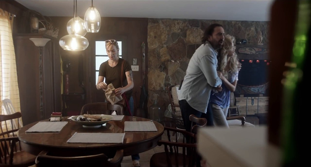 Nicolas Cage, Franka Potente, and Penelope Mitchell in Between Worlds (2018)