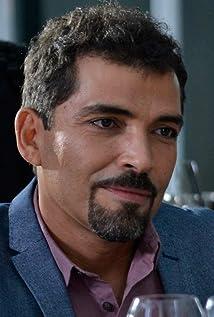 Vladimir Cruz Picture