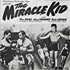 Carol Hughes and Tom Neal in The Miracle Kid (1941)
