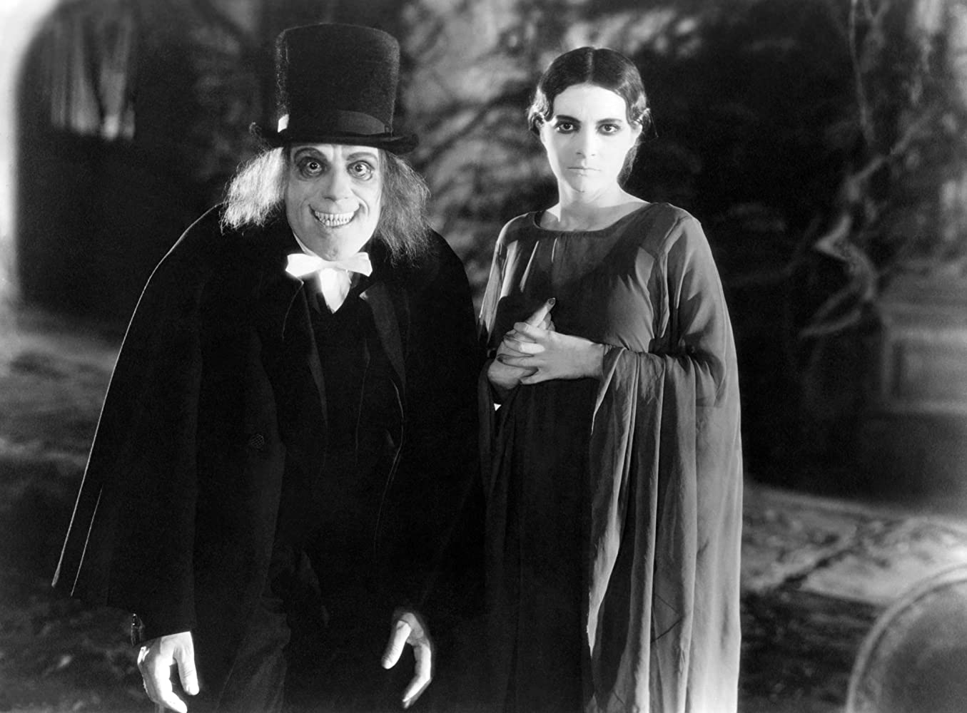 Lon Chaney and Edna Tichenor in London After Midnight (1927)