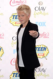 Carson Lueders Picture