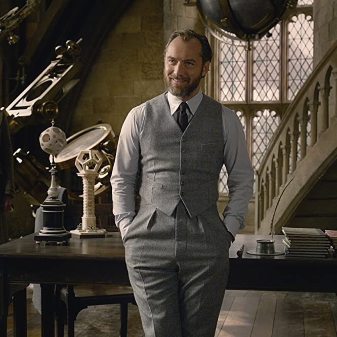 Jude Law and Jonathan Saint-James in Fantastic Beasts: The Crimes of Grindelwald (2018)