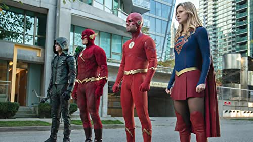 """""""Batwoman"""" vs. """"Crisis"""": How the Next Arrowverse Crossover Might Go Down"""
