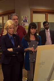 Rashida Jones, Jim O'Heir, Amy Poehler, Paul Schneider, Retta, Aziz Ansari, and Aubrey Plaza in Parks and Recreation (2009)