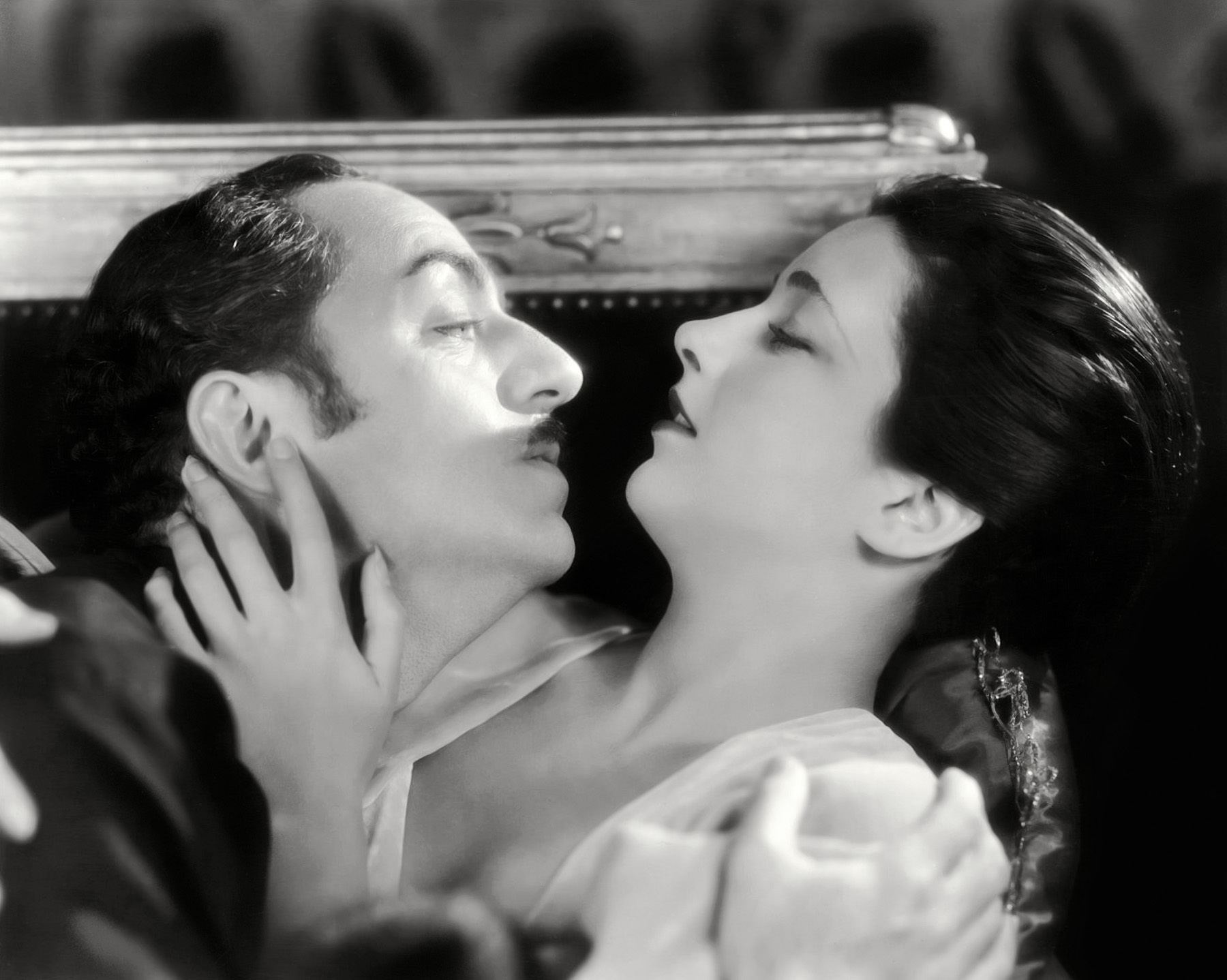 William Powell and Kay Francis in Behind the Make-Up (1930)