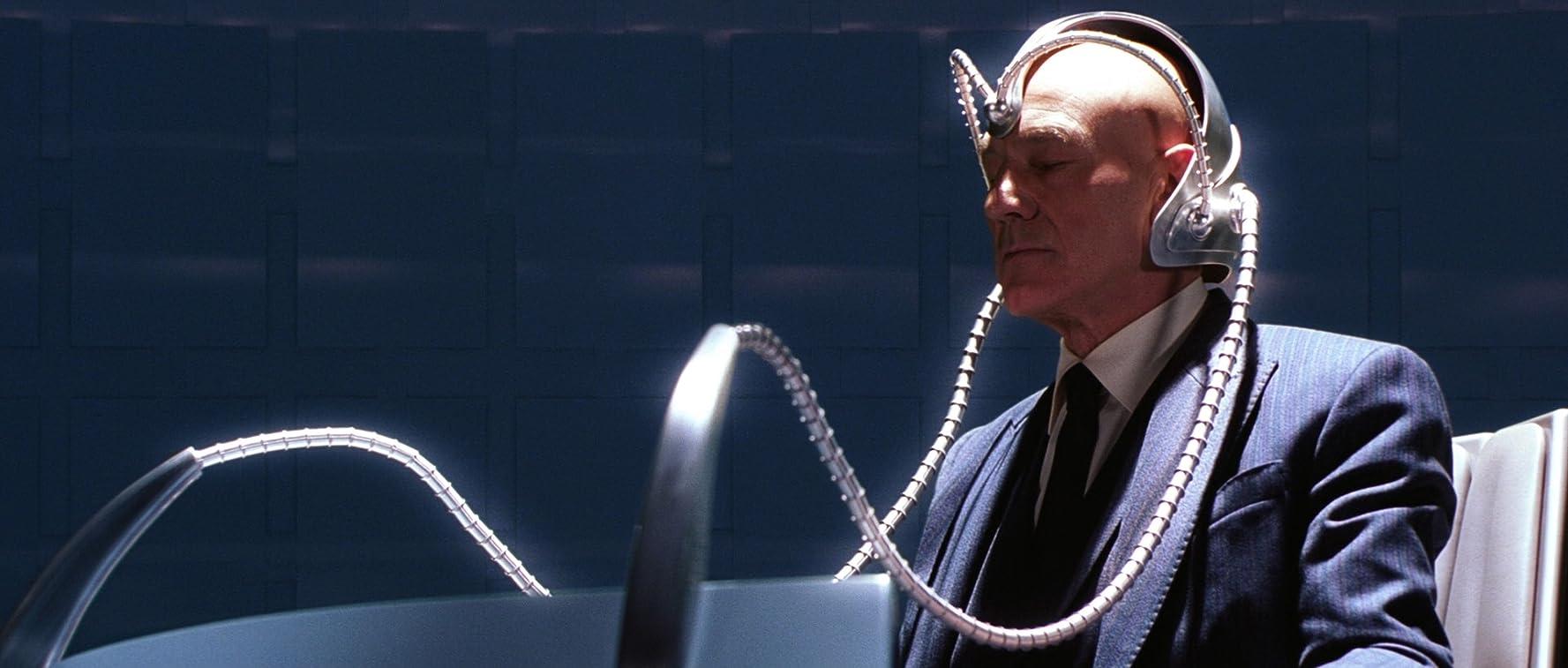 Patrick Stewart in X-Men (2000)