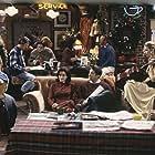 Hank Azaria, Courteney Cox, Lisa Kudrow, Matt LeBlanc, Matthew Perry, David Schwimmer, and Wayne Pére in Friends (1994)