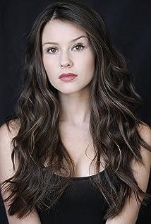 Jenn Proske Picture