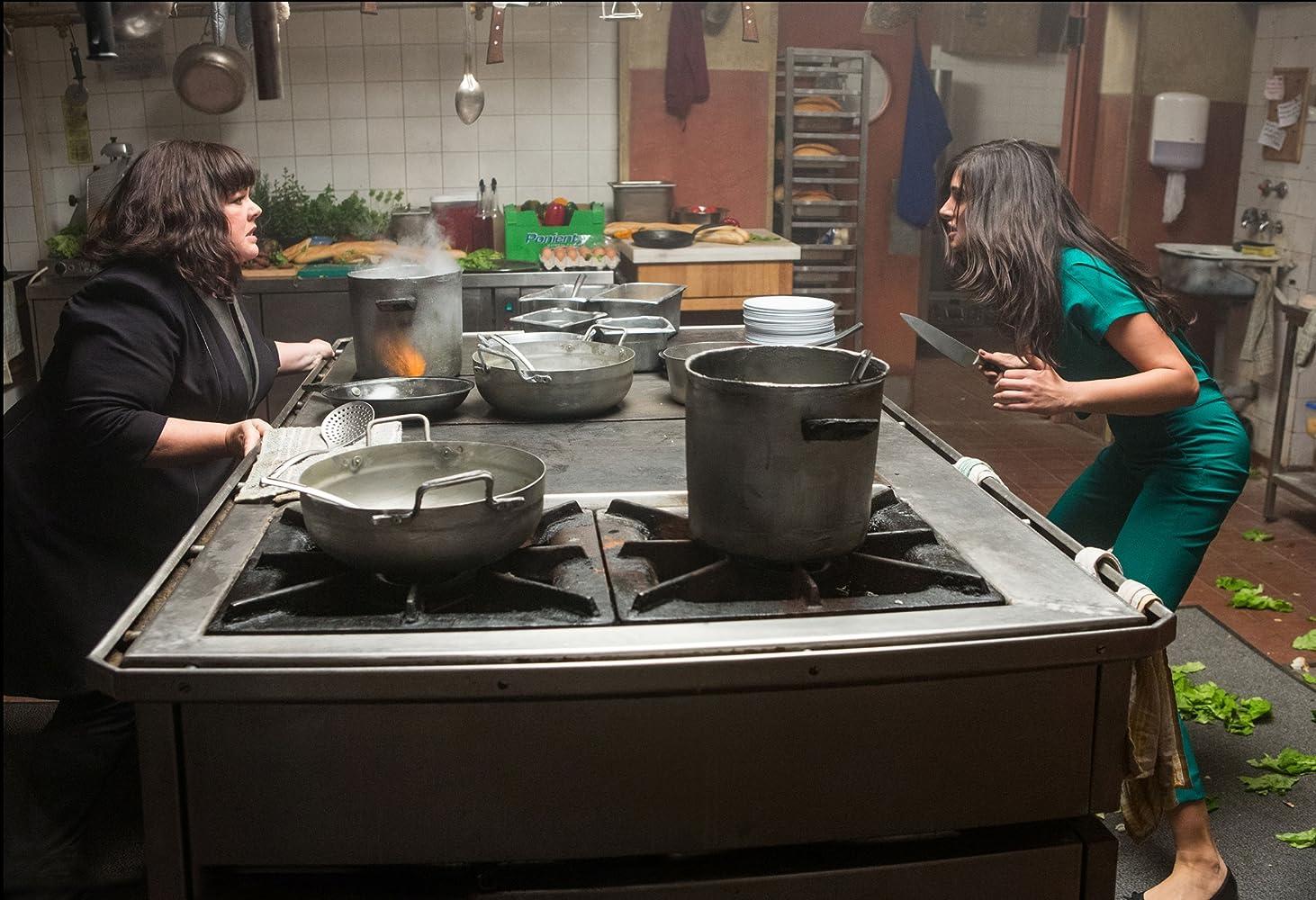 Melissa McCarthy and Nargis Fakhri in Spy (2015)