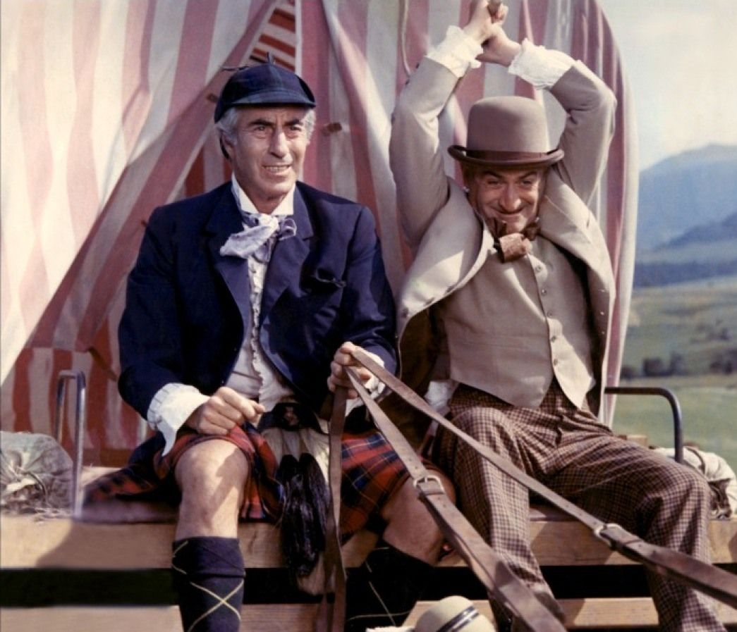 Louis de Funès and Ferdy Mayne in Les grandes vacances (1967)