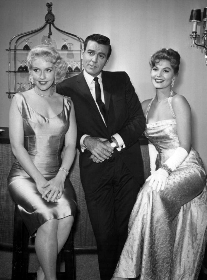Mike Connors, Claire Kelly, and Leigh Snowden in Tightrope (1959)