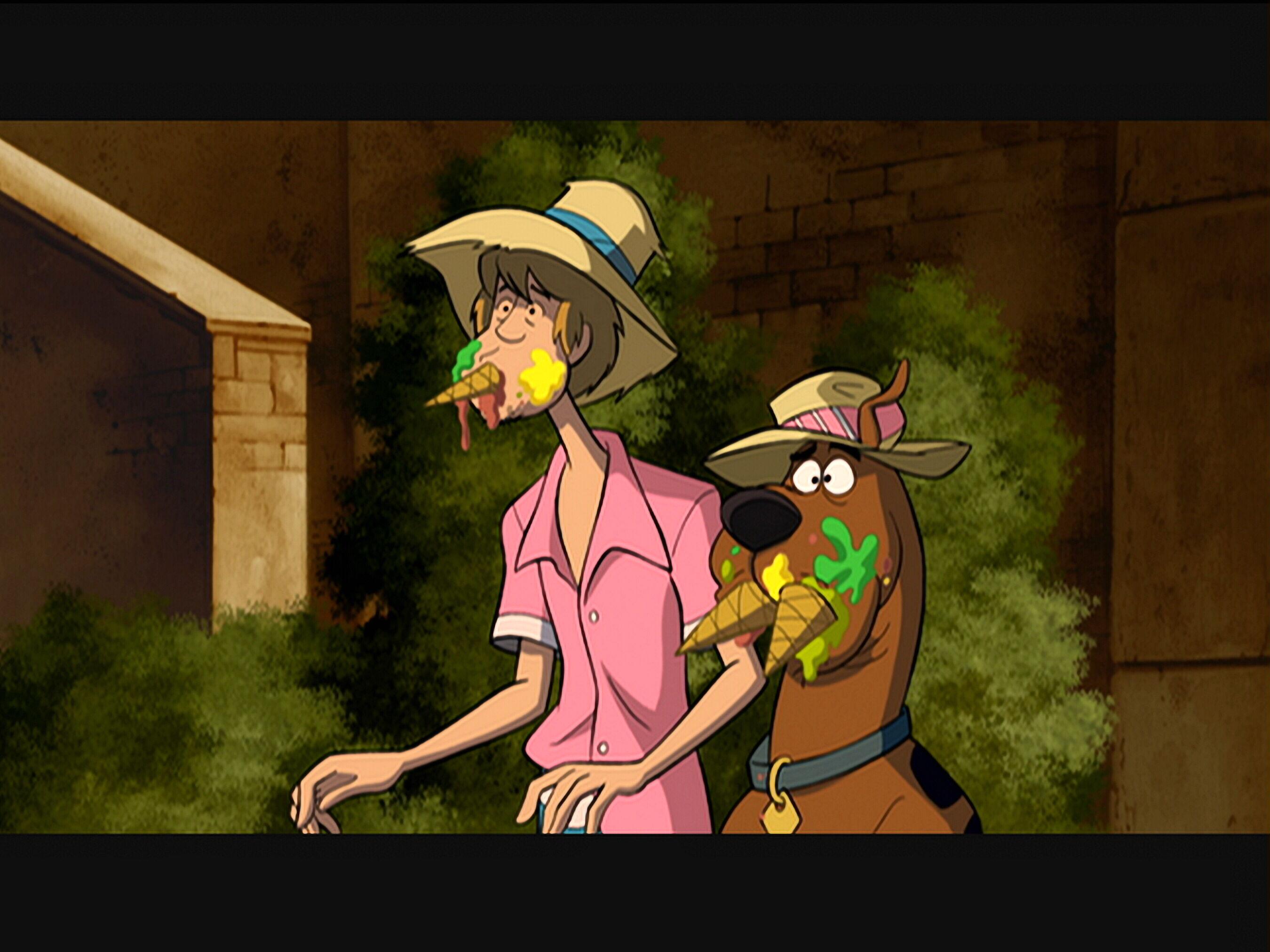 Matthew Lillard and Frank Welker in Scooby-Doo! Abracadabra-Doo (2010)