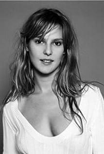 Élodie Navarre Picture