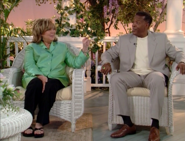 Linda Bloodworth-Thomason and Meshach Taylor in The Designing Women Reunion (2003)