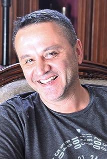 Ilian Djevelekov Picture