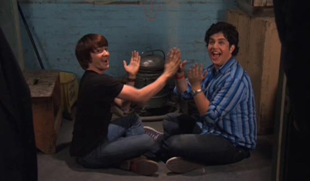 Drake Bell and Josh Peck in Drake and Josh Go Hollywood (2006)